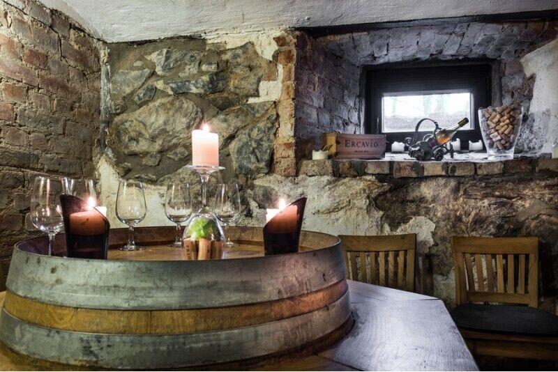 Romantiline õhtusöök Grafo Zubovo villa restoranis