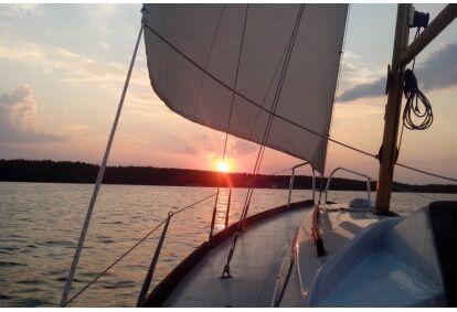 Pasiplaukiojimas jachta Kauno mariomis