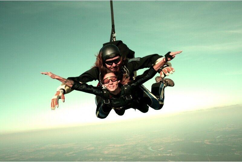 Tandemhüpe langevarjuga 3000 m kõrguselt