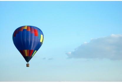 Lend kuumaõhupalliga seltskonnale
