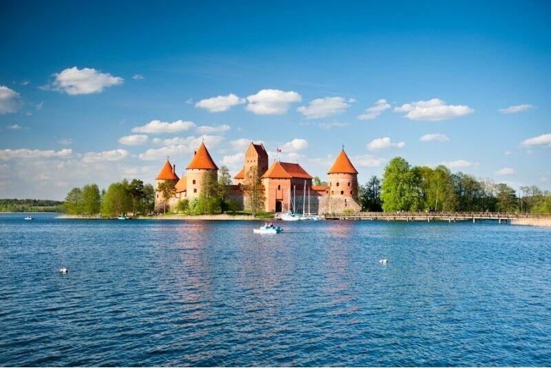 """Purjetamine laevaga """"Nepažinti Trakai"""" Trakai-s"""