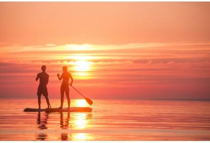 Поход на байдарках с заходом солнца в Surfown surfschool в Таллинне