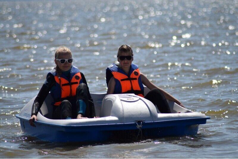 Surf Center'i vesijalgratta sõit kolmele Pärnus