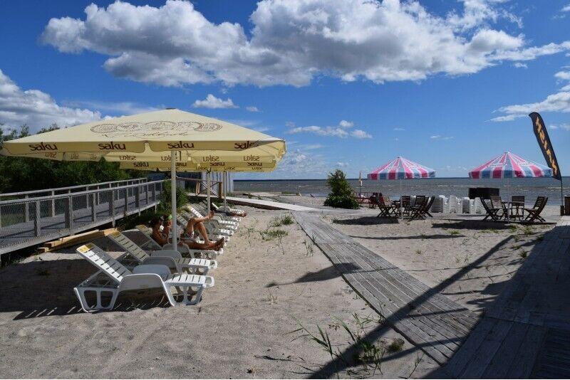 """Активный летный отдых на пляже с """"Surf center"""" в Пярну"""