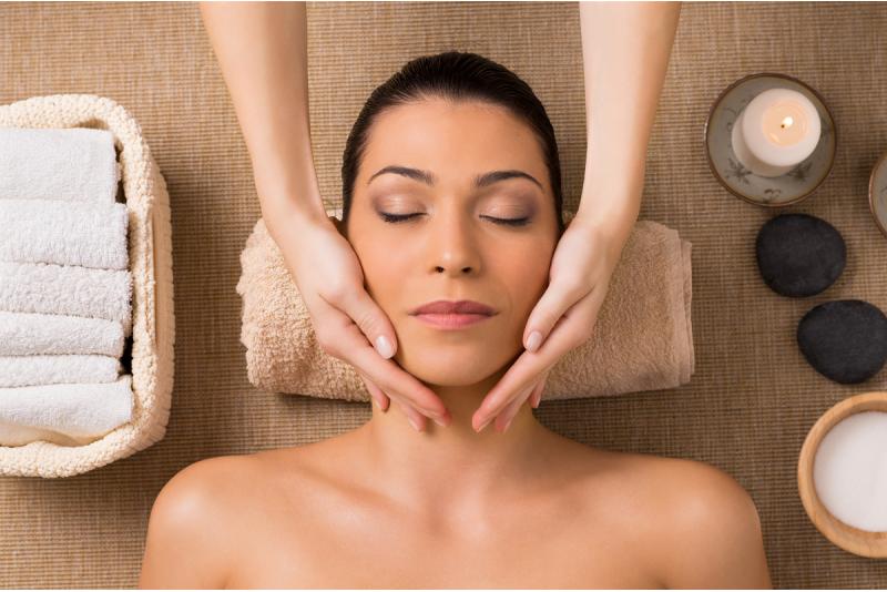 JOIK расслабляющая процедура для лица с массажем лица в салоне Siluett в Таллинне
