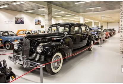 Семейный билет на музей автомобилей в Пярну