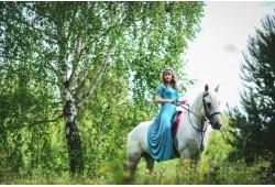Езда в двух конных гоночных клубах в ясли Кохтла-Ярве
