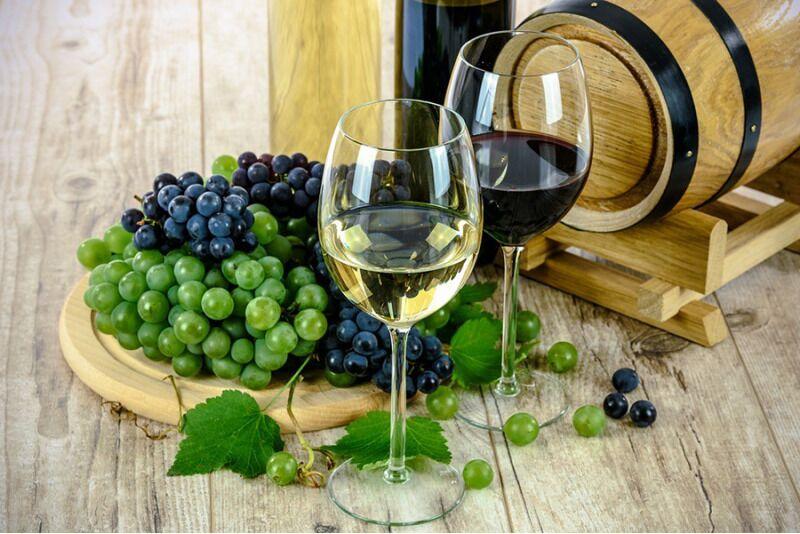 """Винное обучение """"Прекрасный мир вина"""" в Таллине или Тарту для двоих"""