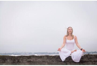 Йога-инструктор Йога Частная неделя Таллинн