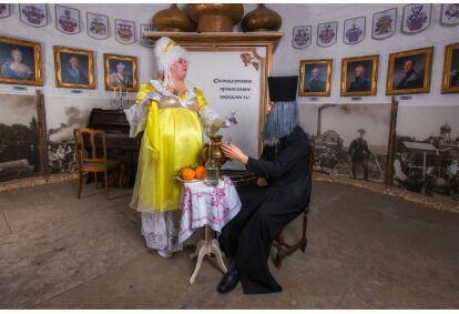Путешествие во времени через историю Эстонии для 10 персон с закусками и напитками