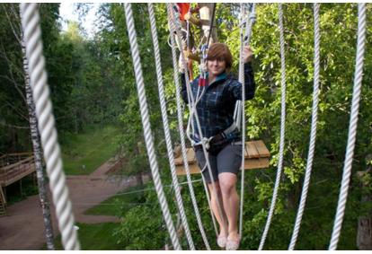 Пересечение четырех приключенческих троп + 300 м сверх летающих самолетов в Тартуском парке приключений