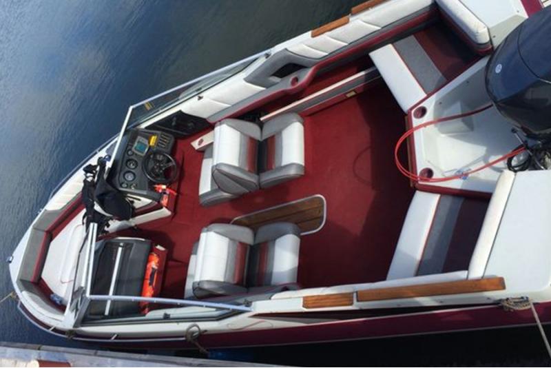Поездка на лодке до Найссаар или Аегна