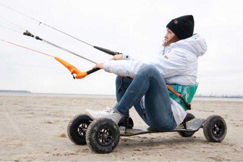 """Курс обучения кайтинга по земле в """"Surftown surfschool"""" в Таллине"""
