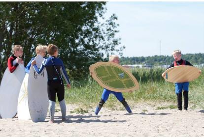 Скимборд в школе фан-клуба Surf School в Таллинне