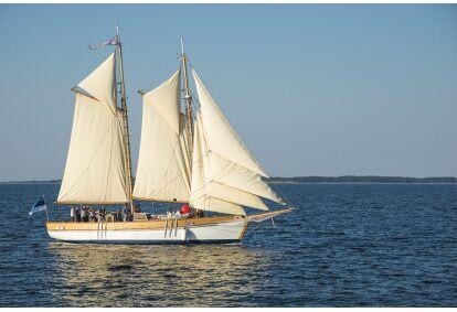 Опыт парусного спорта в водах Хийумаа с парусной лодкой Lisette или HiiuIngel
