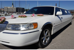 Lincoln Town Car limusiini rent tervitusjookidega Tallinn