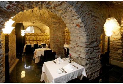 Romantiline õhtusöök prantsupärases restoranis C`est La Vie Tallinn