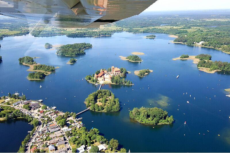 Romantiline lend kahele üle Trakai