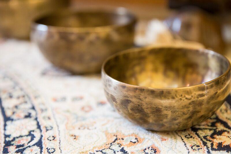Уникальный звуковой массаж с Тибетскими поющими чашами в Таллинне