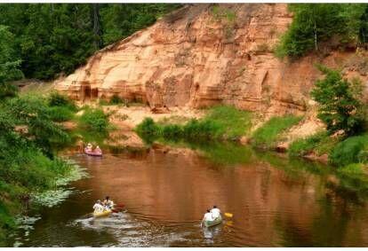 Elamusterohke koopasafari kanuumatk Salatsi jõel