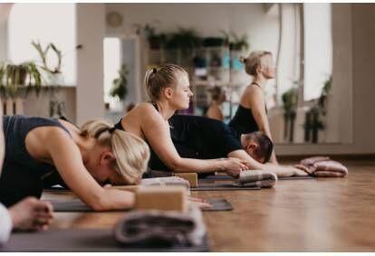 Joogatund Aurora Yoga Studios Tallinnas