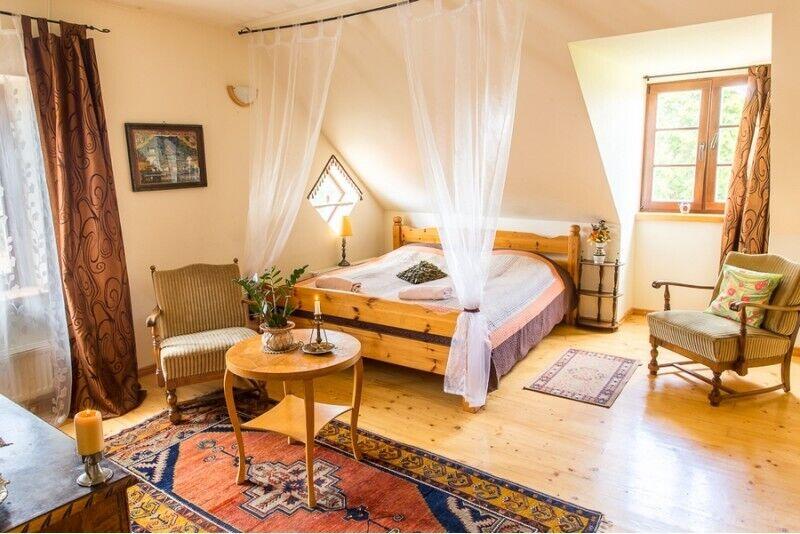Romantiline ööbimine ja õukondlikud lõbustused Pakruojo villas