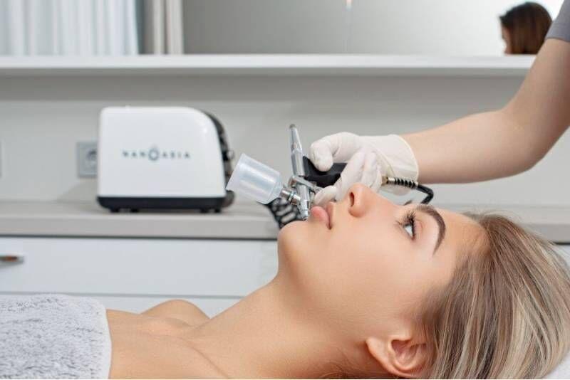 NanoAsia lifting näole, kaelale, dekolteele Charmstudios