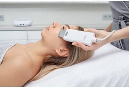 Ultraheliga näopuhastus + AHA õuna-mandli piiling CharmStudios
